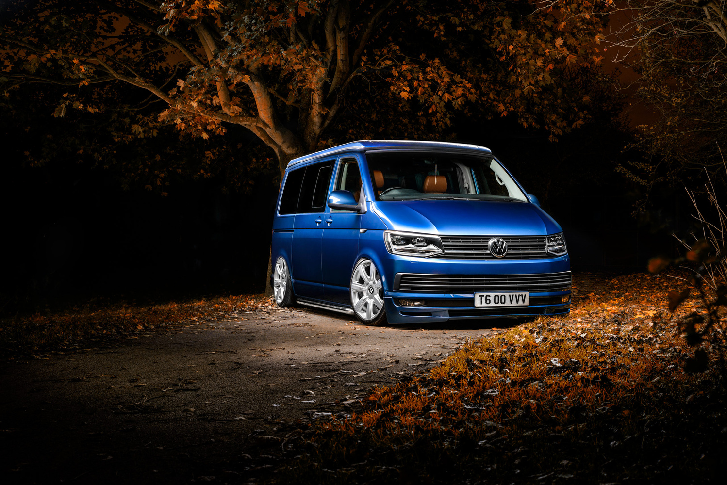 Autumn Volkswagen T6 by Lee Cant