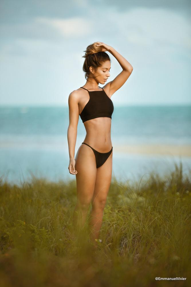 Erika Wheaton in Miami by Emmanuel Vivier
