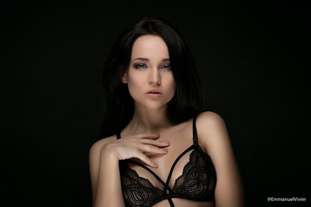 Angelina Petrova by Emmanuel Vivier