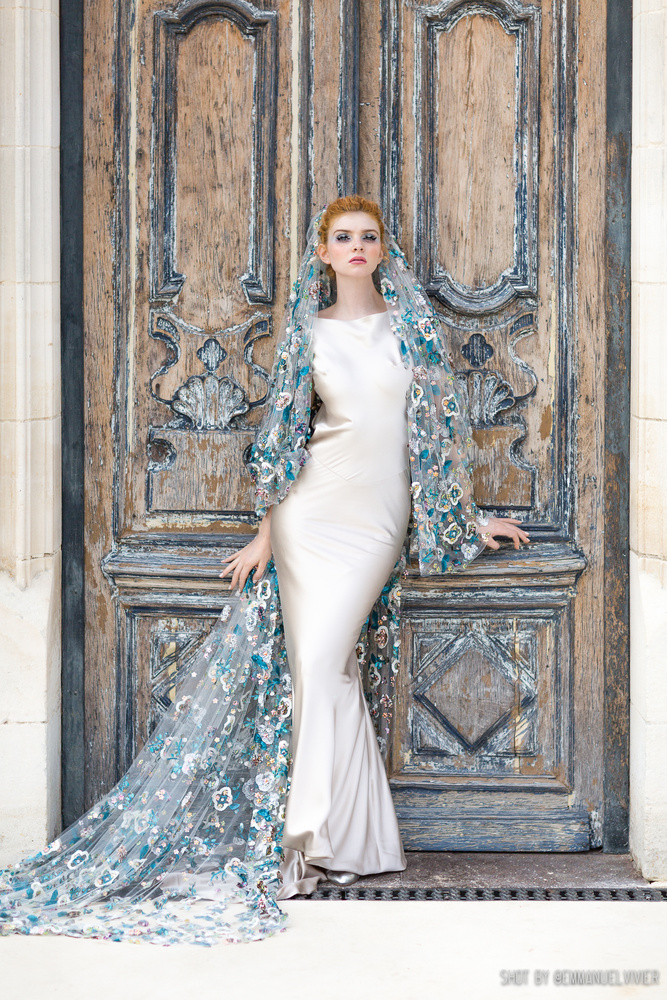 The Bored Princess - Editorial for La Plus Belle Magazine by Emmanuel Vivier