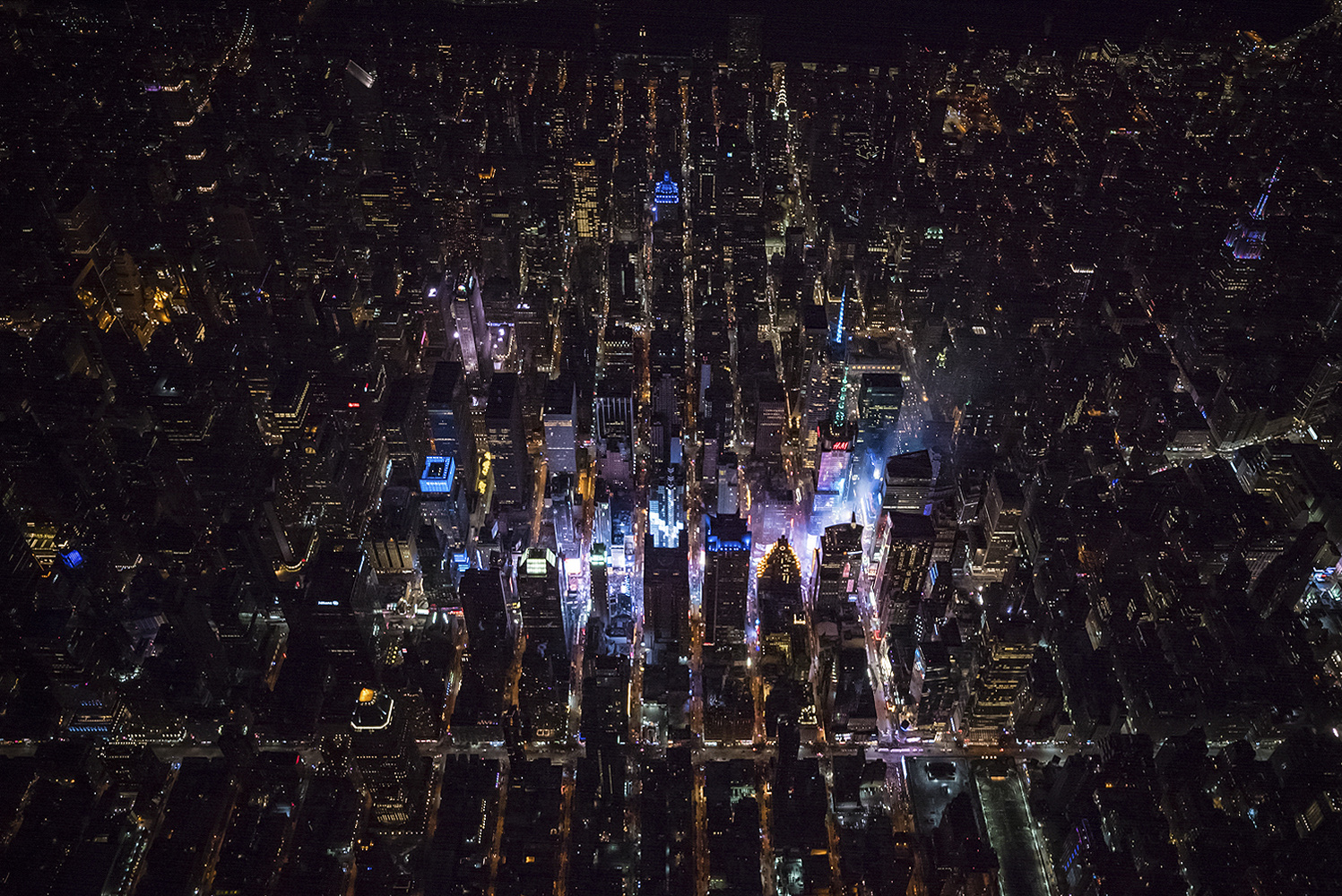 Times Square NYE 2018 by Austin Paz
