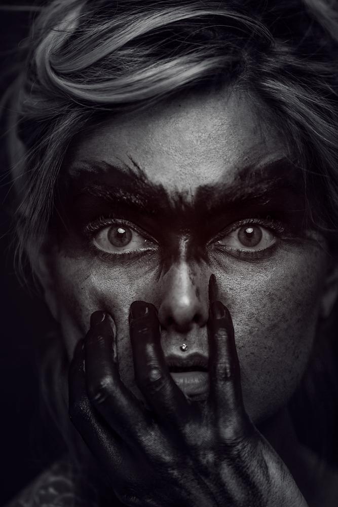 Dark Raven by Olga Tenyanin