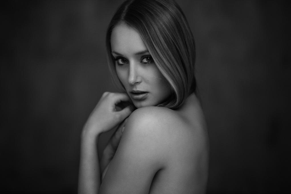 Becca by Tobias Glawe