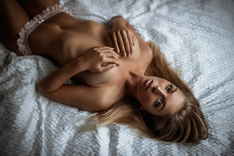 Alina by Tobias Glawe