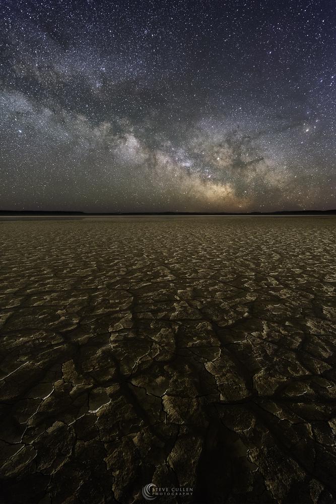 Crazed Earth by Steve Cullen