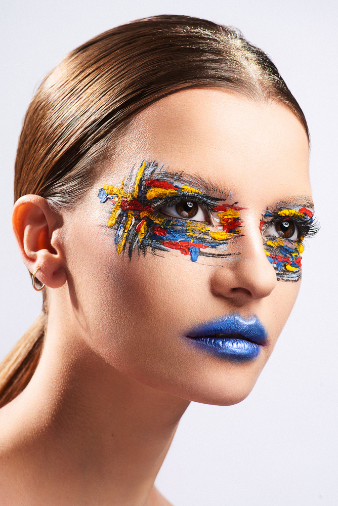 Artistic Makeup 2 by Olivier Lannes