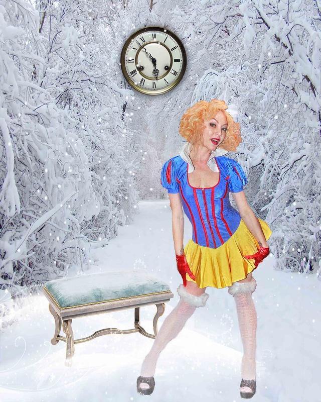 Marilyn Manroe is Snow White! by Luigi Hernandez