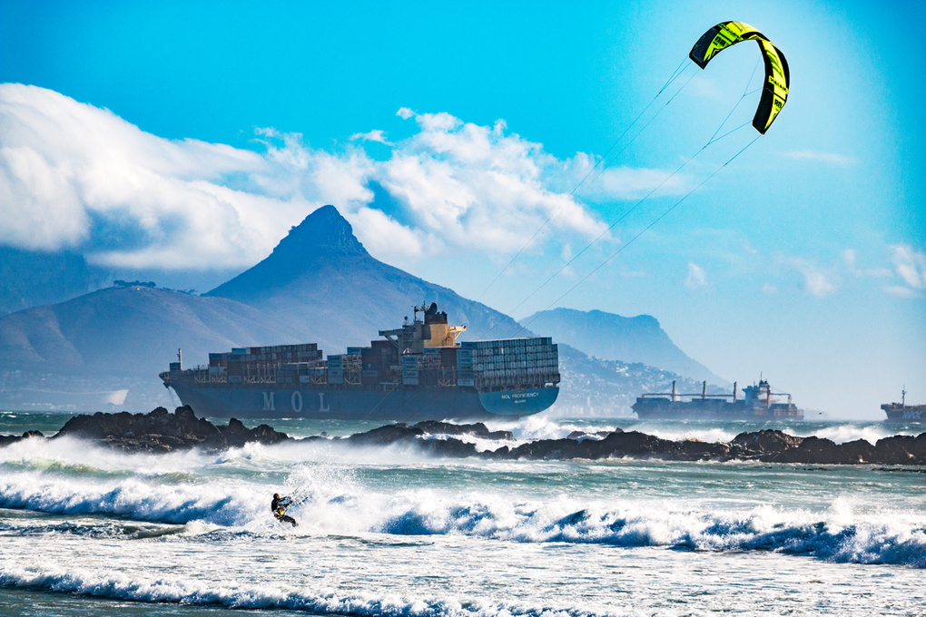 King of Air Kite Surfing 2   Cape Town by Henry Biermann