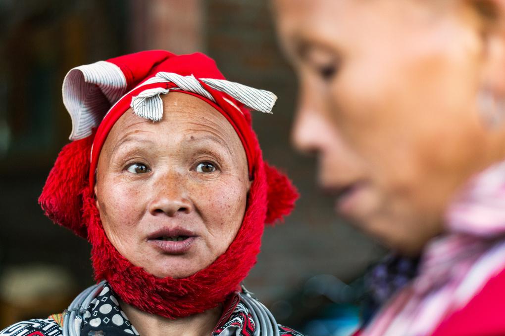 H'Mong Ladies Selling Goods | Sa Pa, Vietnam by Henry Biermann