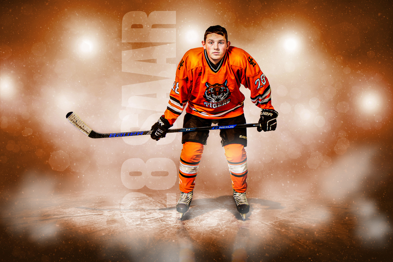 Senior Hockey by Eric Saar