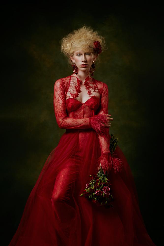 La vie en rouge by Angela Perez