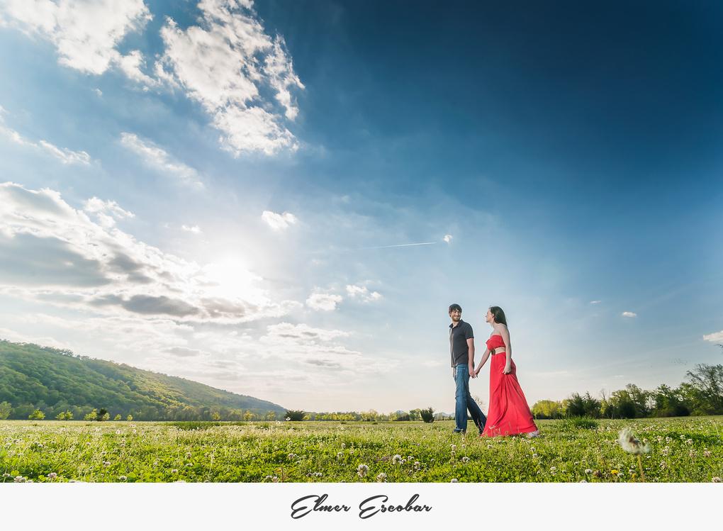 Engagement Session in Arkansas by Elmer Escobar
