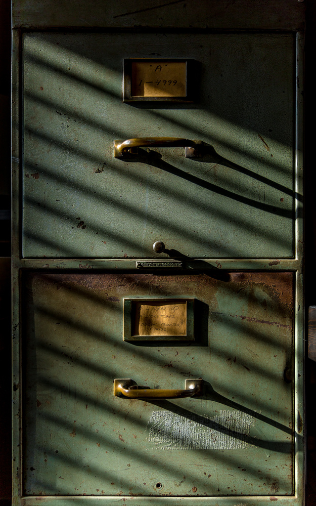 my file cabinet on a winter morning 2018 by Ian Meyers