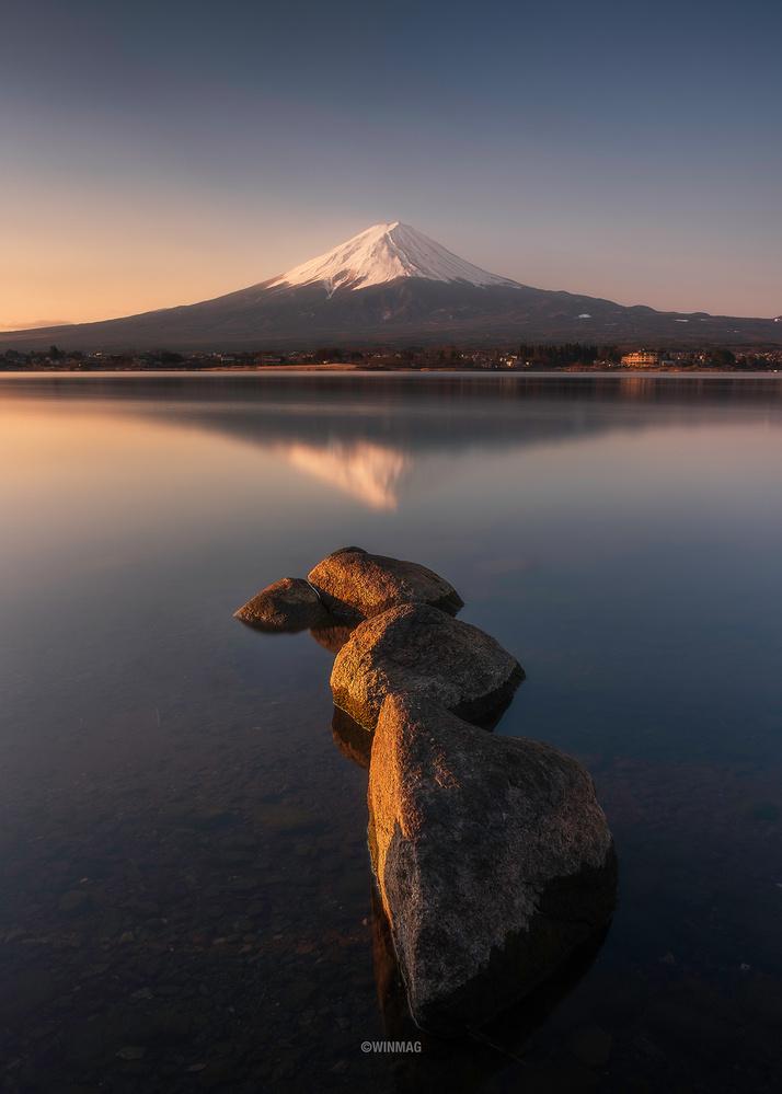 Fujisan by Win Mag