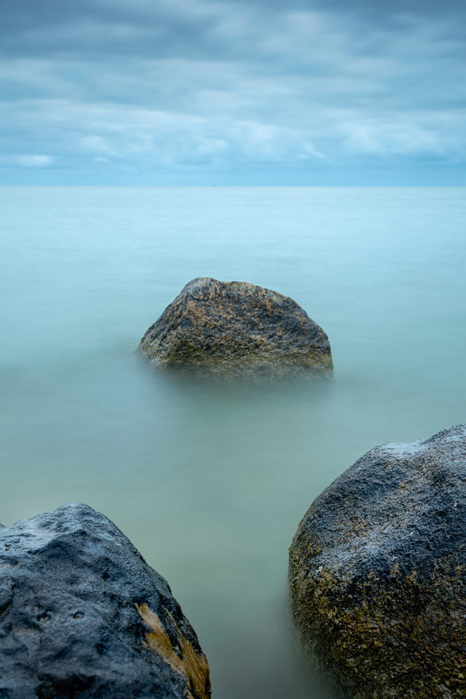 Overcast day at the coast of the Ijsselmeer II by Patrick Snitjer