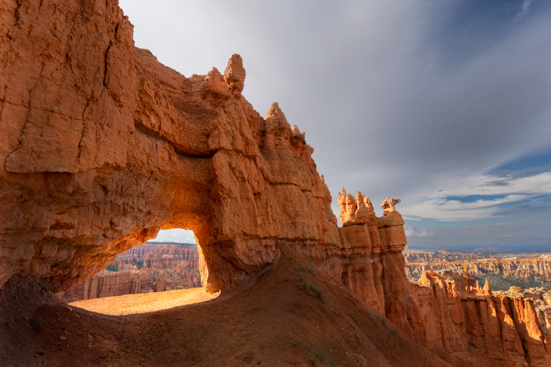 Bryca Canyon Trail by Patrick Snitjer
