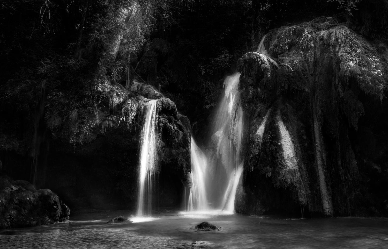 La Cascade des Tufs by Patrick Snitjer