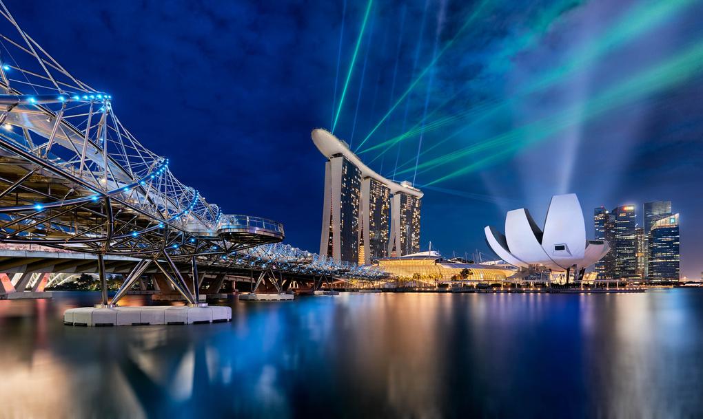 Singapore Laser Show by Cesar A Mendez Garcia