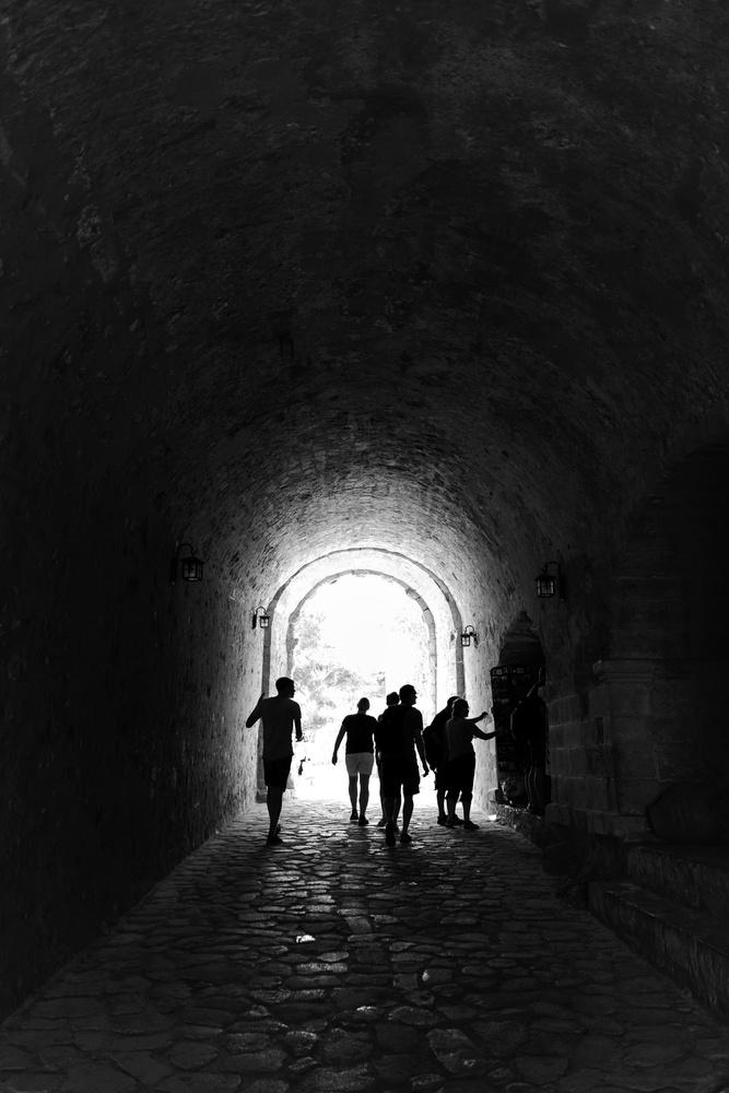 Tunnel by Manos Tsirantonakis