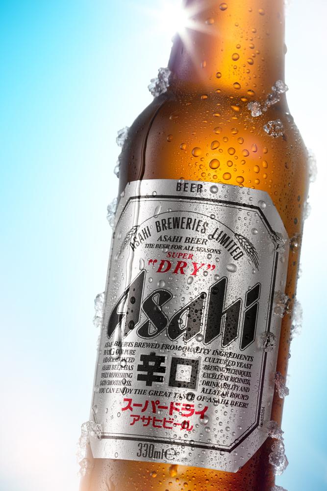 Asahi beer closeup by Piotr Maksymowicz