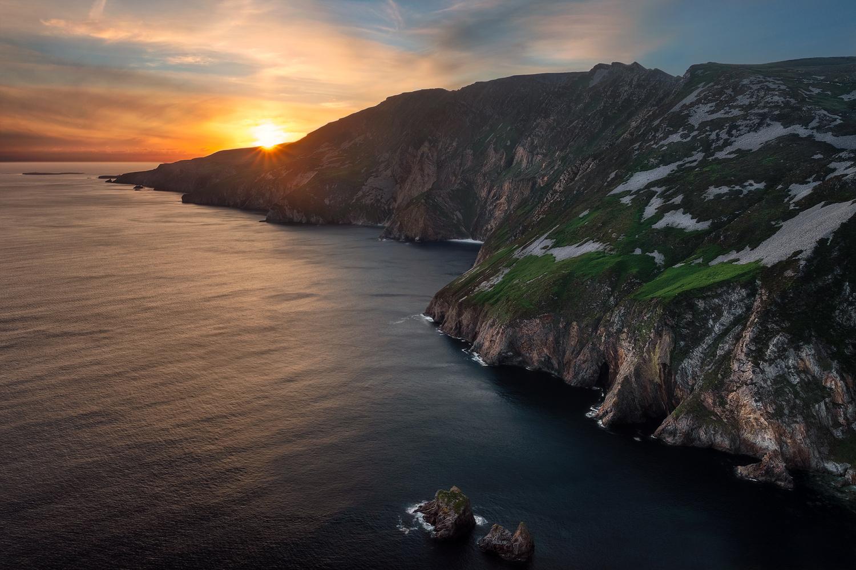 Slieve league cliffs Ireland by Chris Hawkins