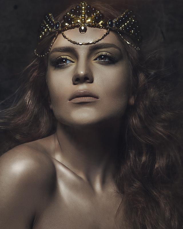 queen elissa by Mehdi Zegna