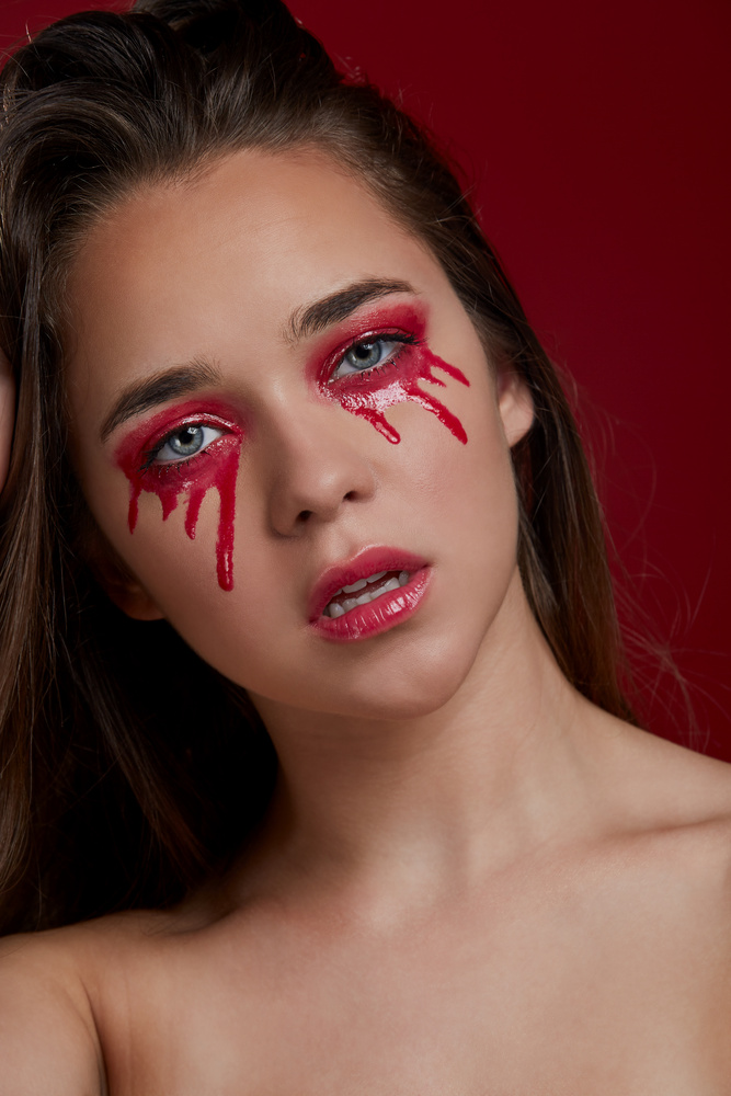 Crying Red. by Gabriel Caro