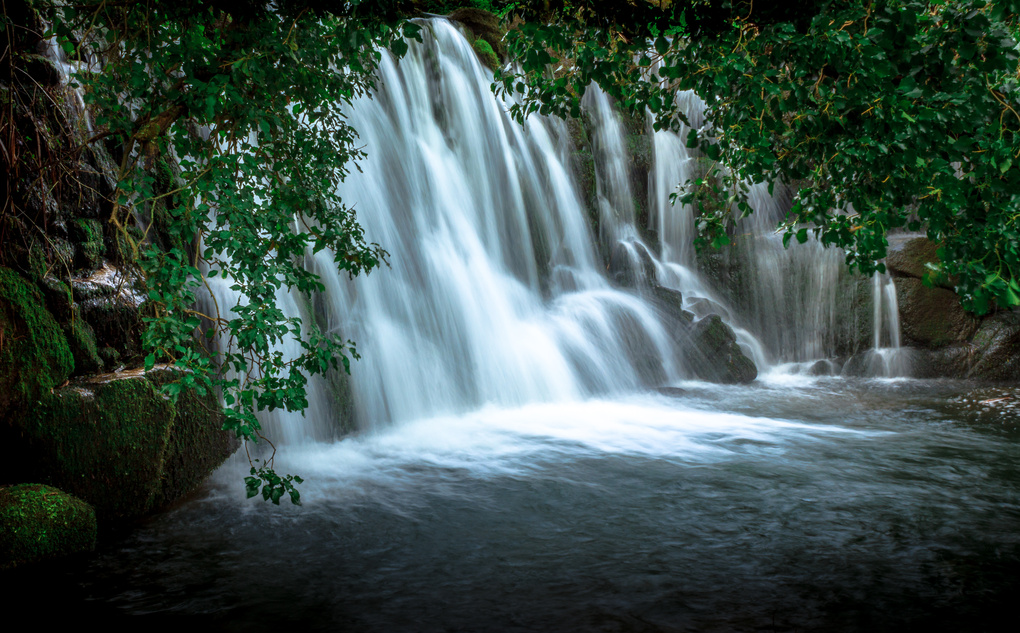 Hidden Waterfall by Samuel Silva