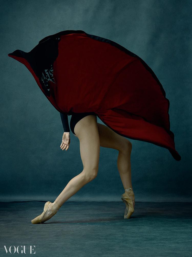 Legs by Sasha Onyshchenko