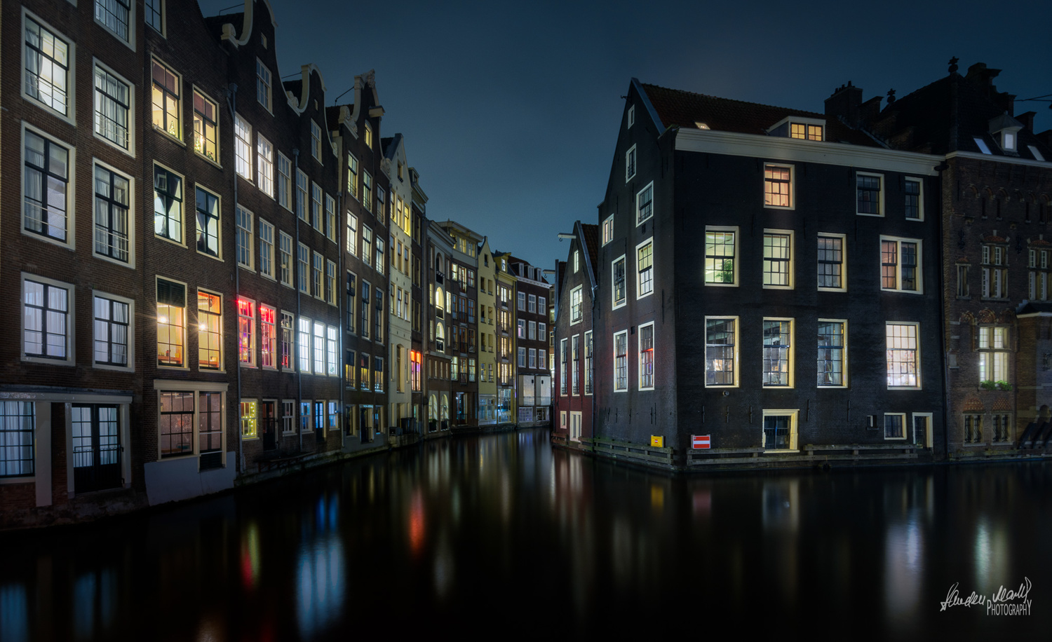 Amsterdam by the Night ! by SANDEEP MATHUR