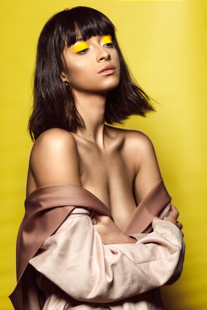 Retro Glam Style 2 by Damelys Mendoza