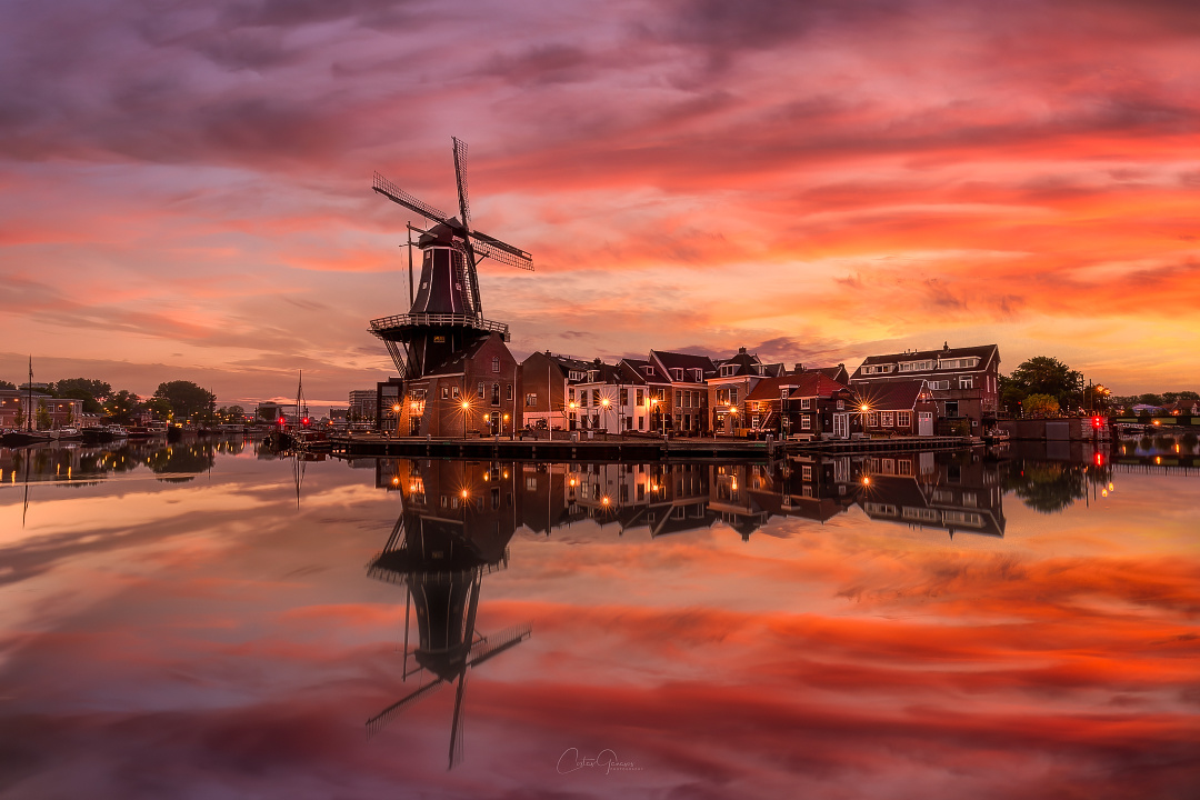 An autumn sunrise in Haarlem by Costas Ganasos
