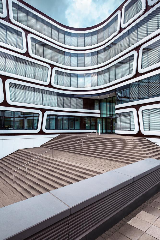 Z-UP Building | Stuttgart by Matthias Dengler