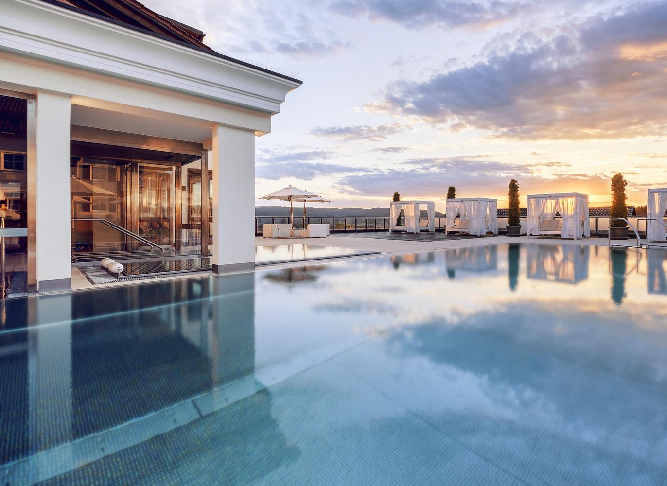 Panorama pool at Relais & Châteaux Landromantik Hotel Oswald by Matthias Dengler