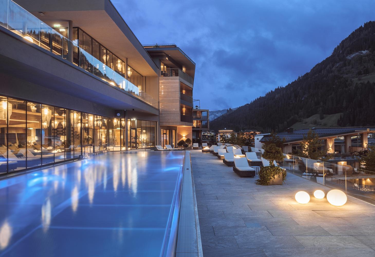 5* Das Edelweiß Salzburg Mountain Resort by Matthias Dengler