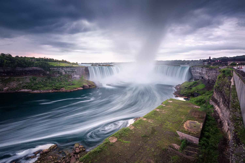 Niagara Falls  by Oleksandr Mokrohuz