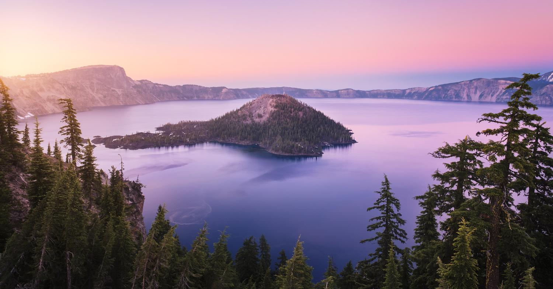 Crater Lake  by Oleksandr Mokrohuz