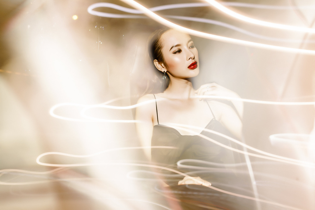 Angela Phuong Trinh by Anh Huy Pham