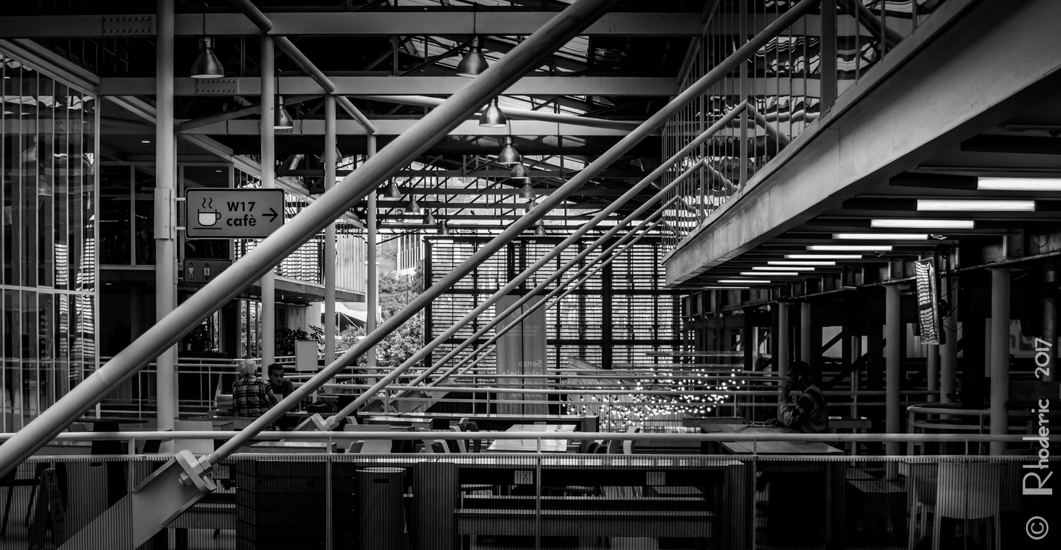 Structural Steel Indoors by Rhoderic Lourens