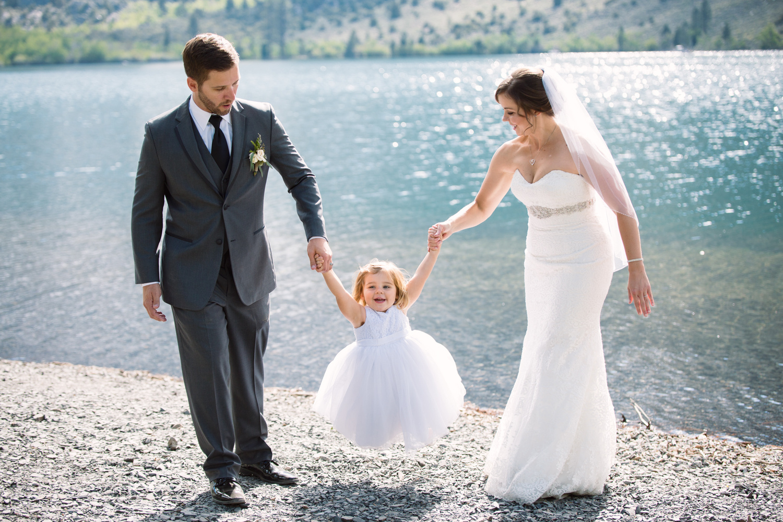 Wedding Day Family Photo by Nic Hilton