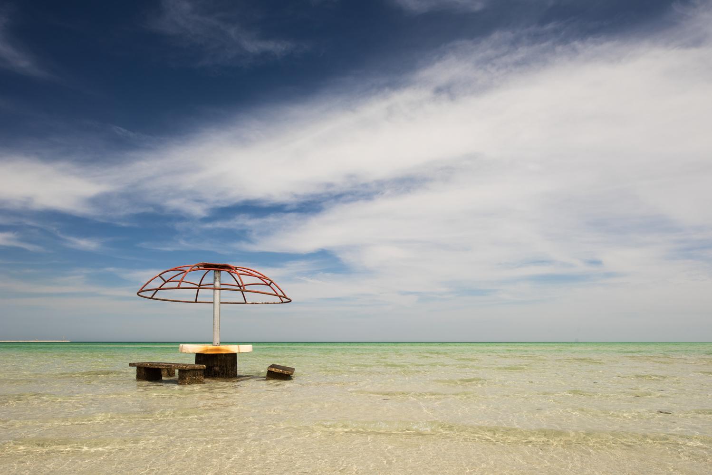 Abandoned beach by Fahad alfahad