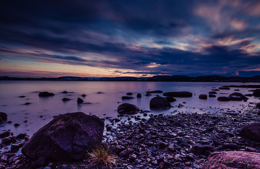 By the shore by Leif Hegdal
