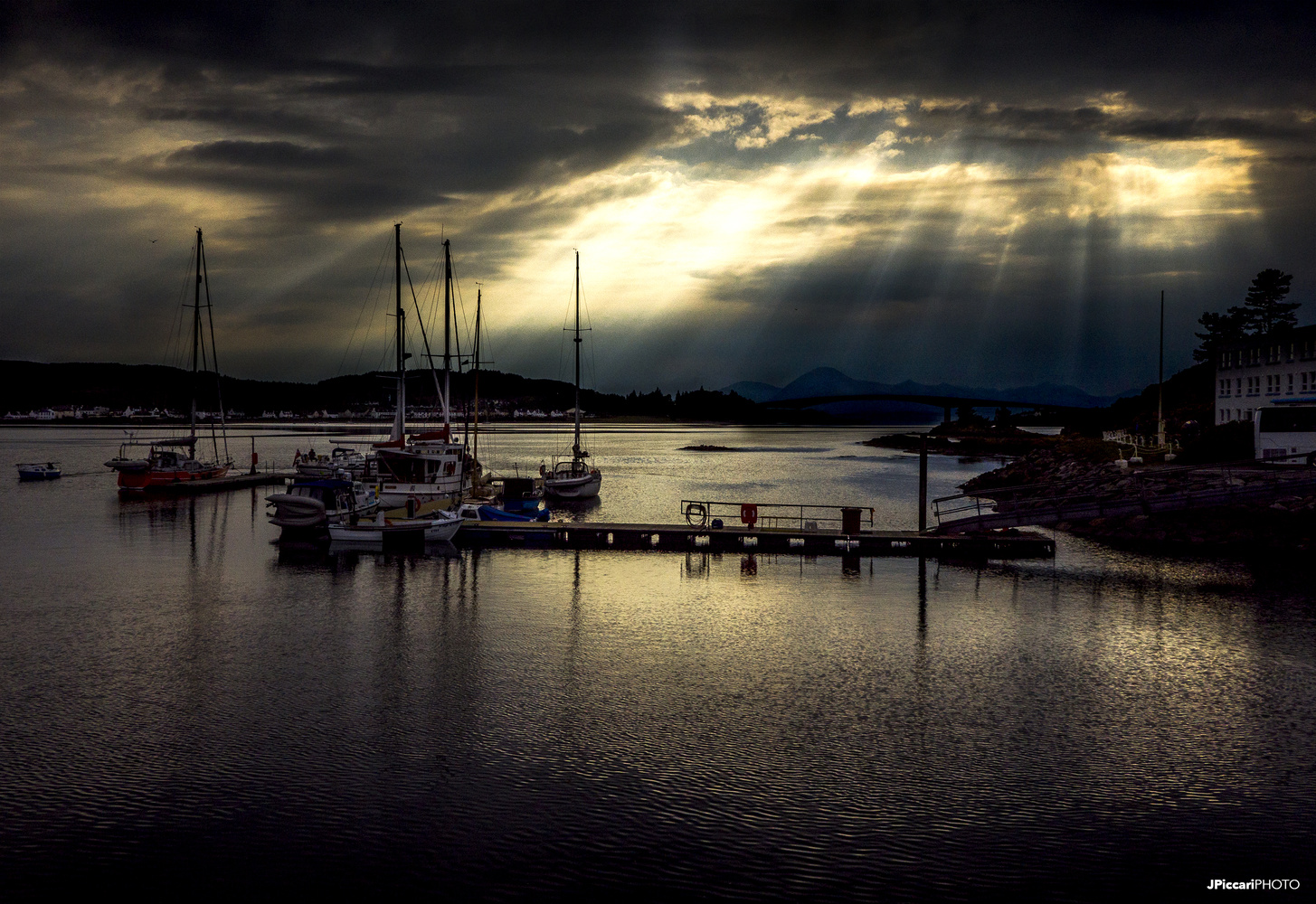Caol Loch Aillse by Justin Piccari
