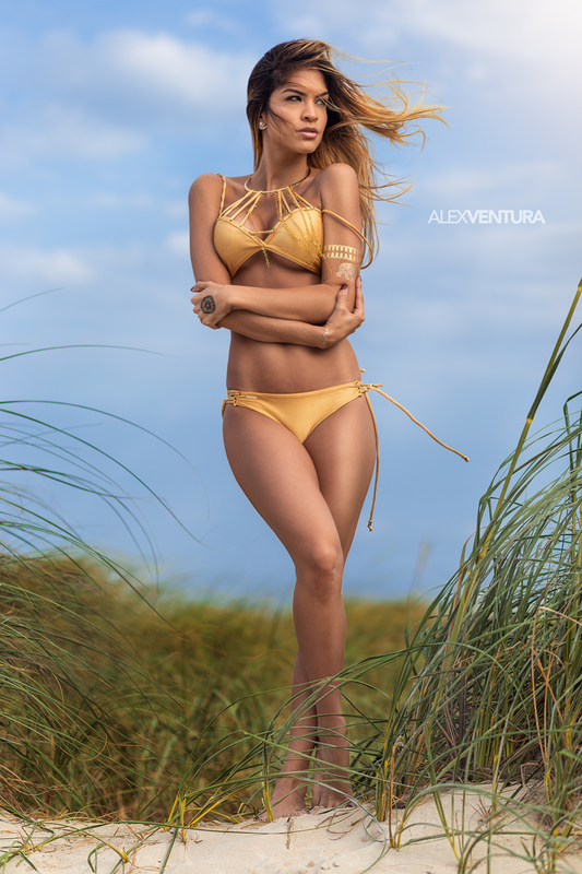 Alessandra Sironi by Alex Ventura