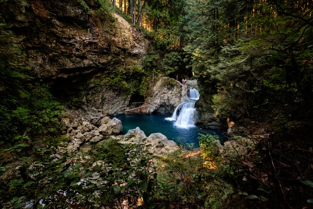 La cascata (Waterfall) by Giorgio Rivalta