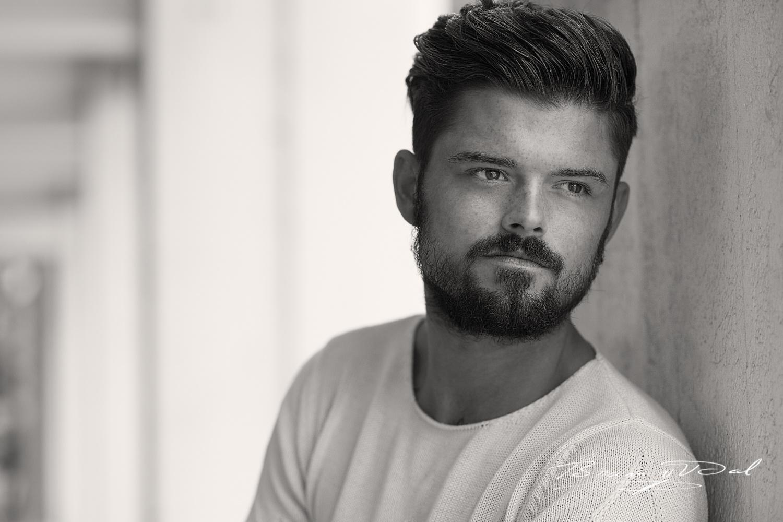 Model: Chaveyo Zoest by Bram van Dal