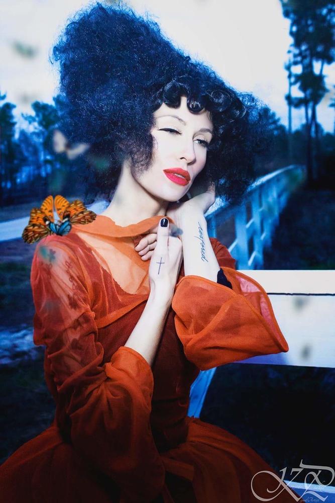 Model Nicki VanRaden by Krystle Parker