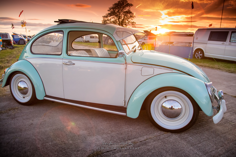 VW Beatle @ Sunset by Stefan Ashby