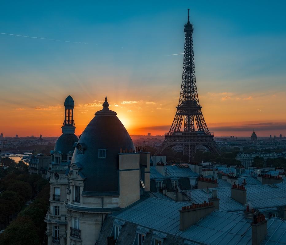 Parisian rooftop by thomas brenac