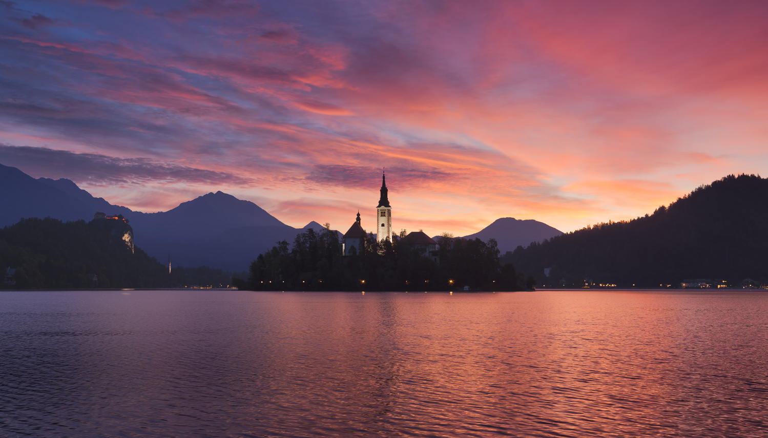 A fine morning at lake bled. by Thomas Welte